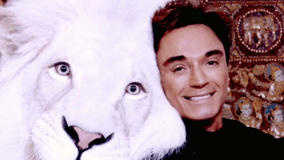 Roy Horn of  Siegfried & Roy Dies of COVID-19 Complications at 75