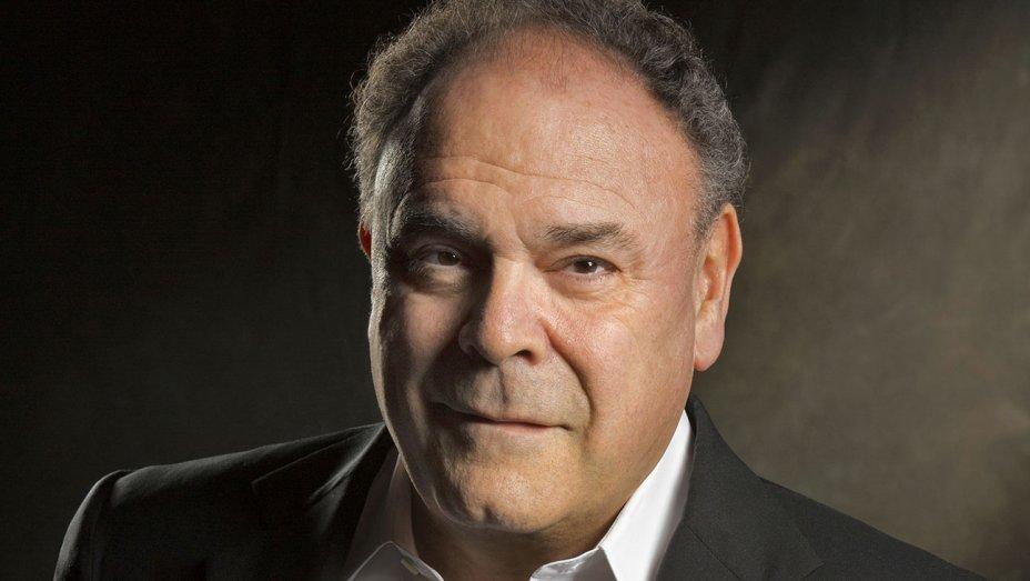 Gil Schwartz, Former CBS Communications Exec, Dies at 68