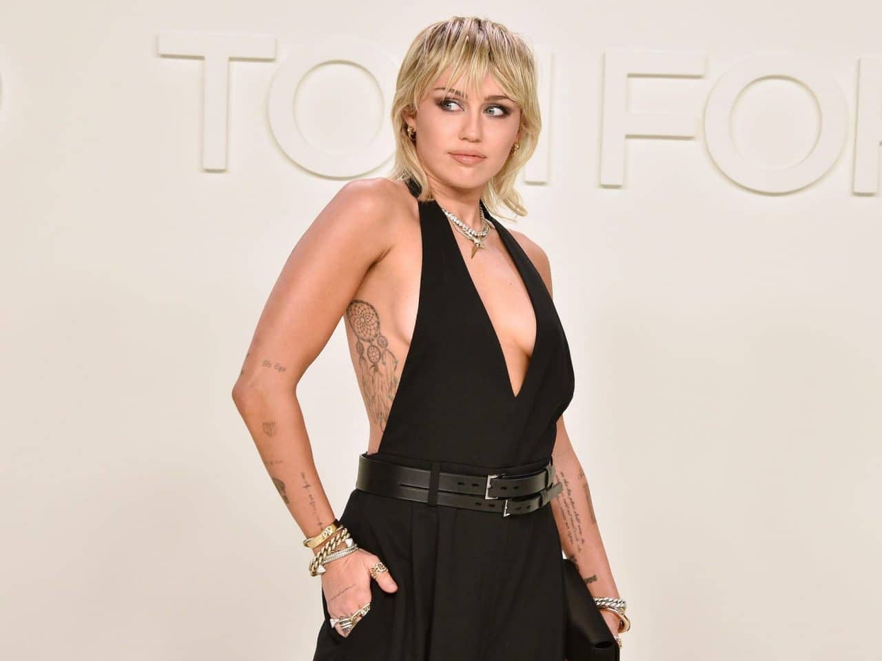 Miley Cyrus to Perform New 'MTV Unplugged' From Her Backyard