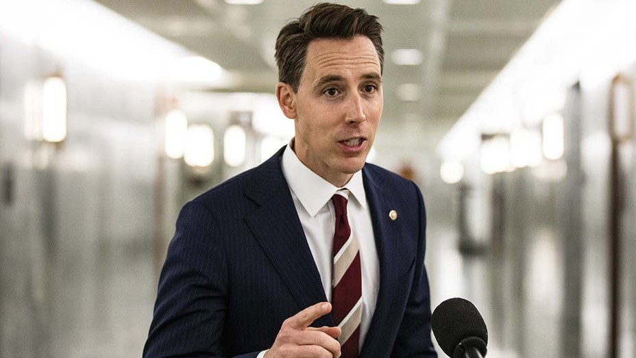 Simon & Schuster Cancels Publication Plans for Senator Josh Hawley's Book