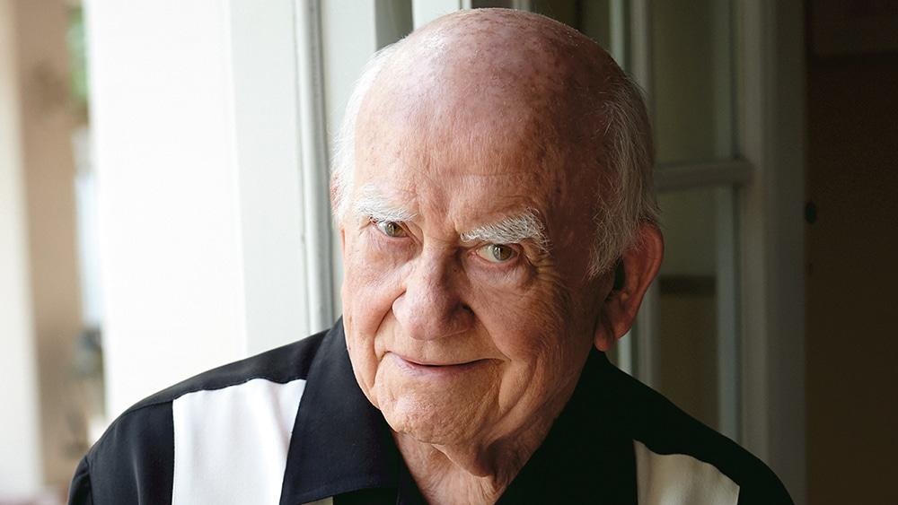 Ed Asner, Emmy-Winning 'Lou Grant' Star, Dies at 91