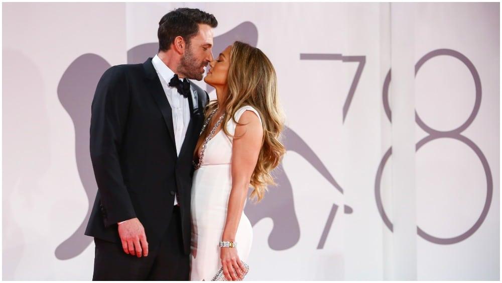 Jennifer Lopez & Ben Affleck Make Red Carpet Debut in Venice for 'The Last Duel'