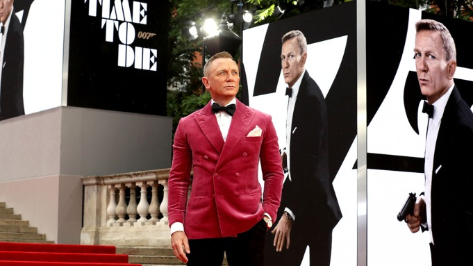 Daniel Craig Says Goodbye to Bond at 'No Time To Die' London Premiere